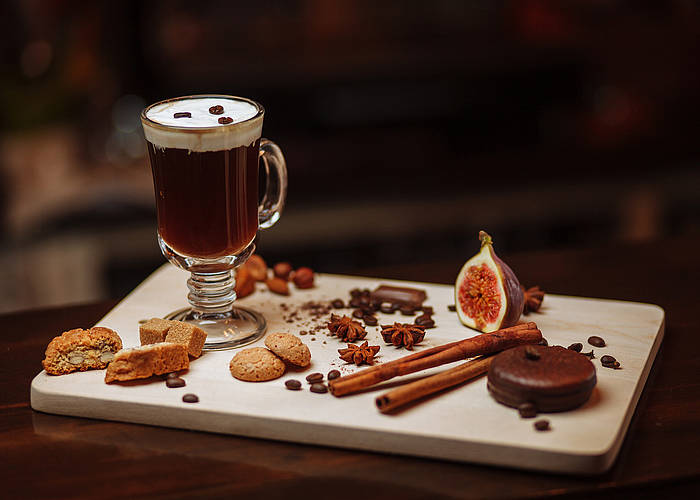 irish-coffee-preparation